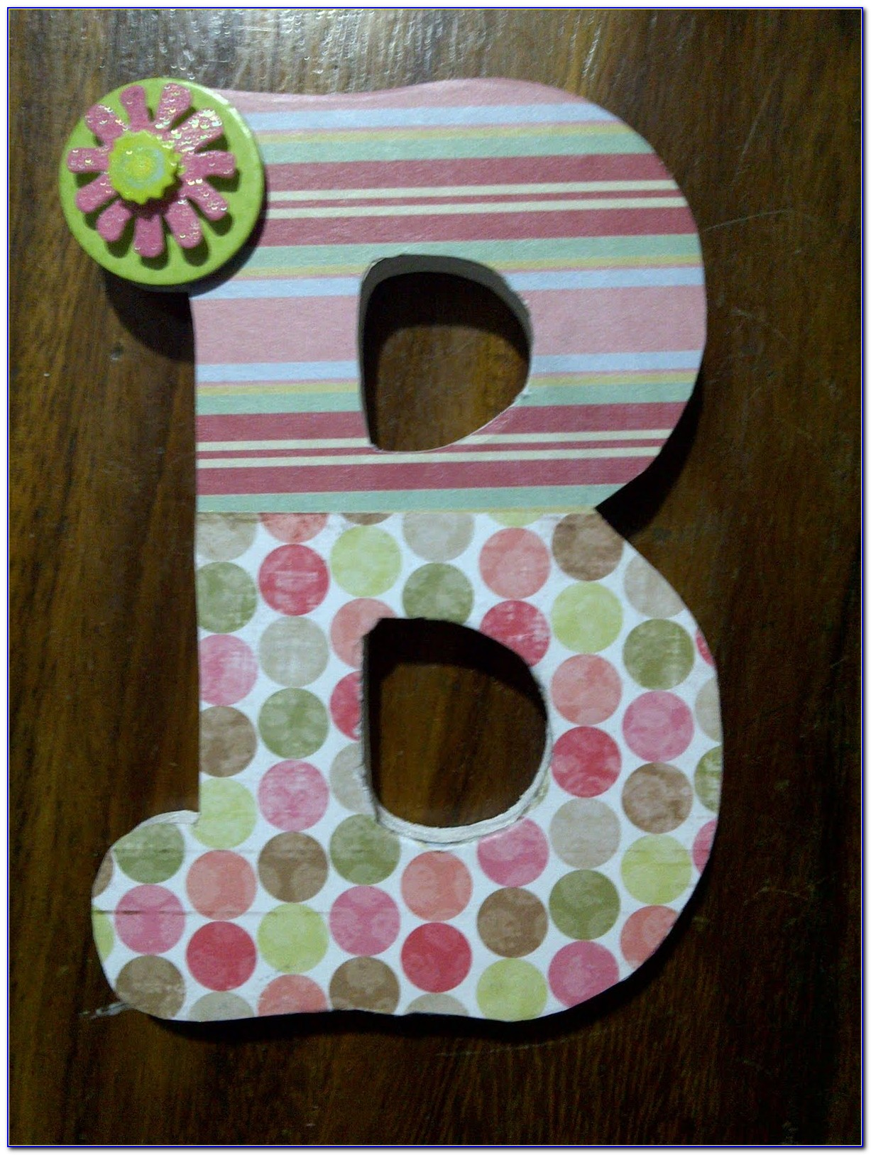 Wood Letter V Decor