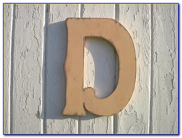 Wooden Letters Wall Decor Ideas