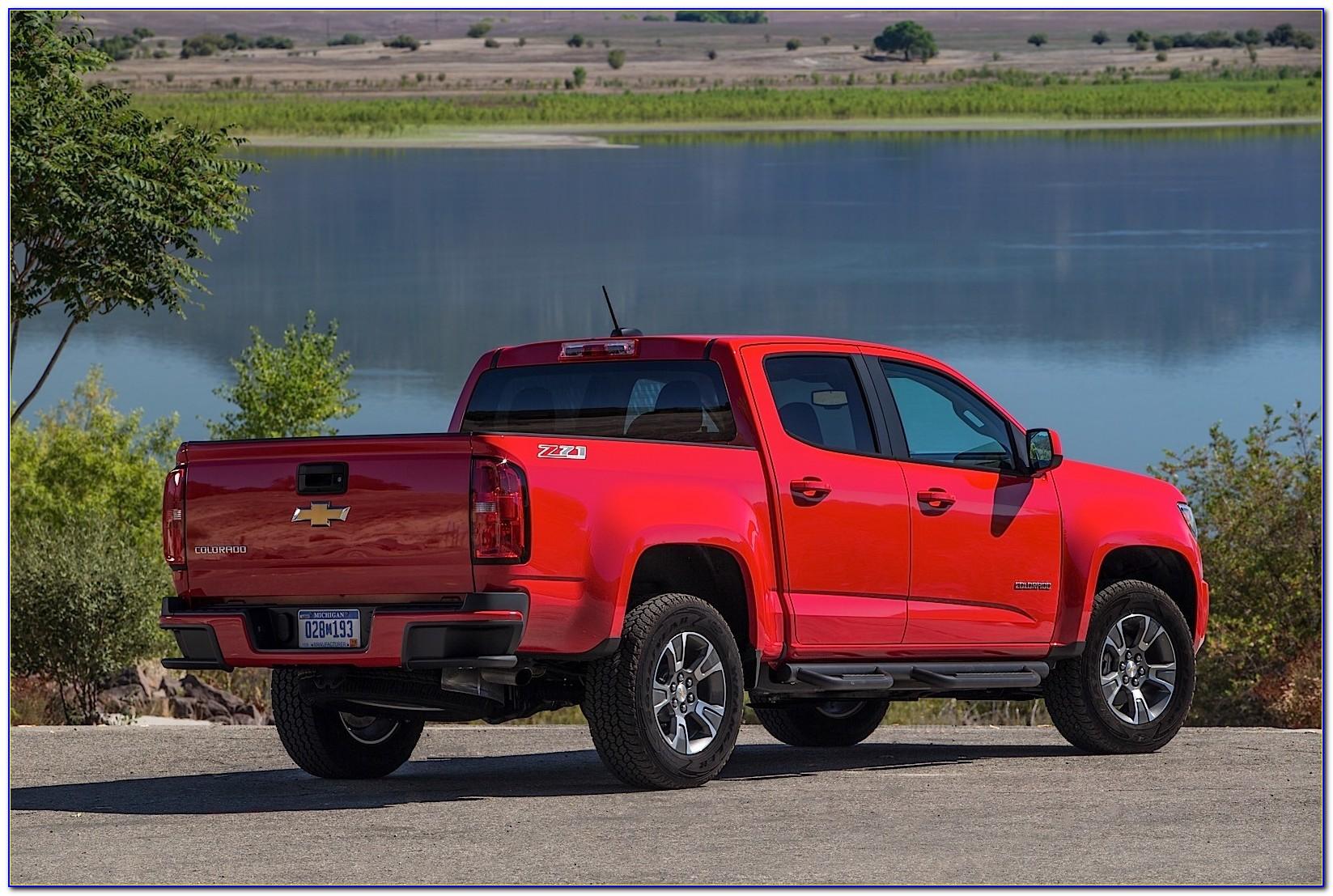 2015 Chevrolet Colorado Brochure