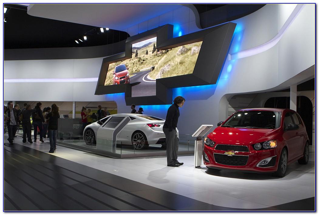 Nissan Interactive Brochure